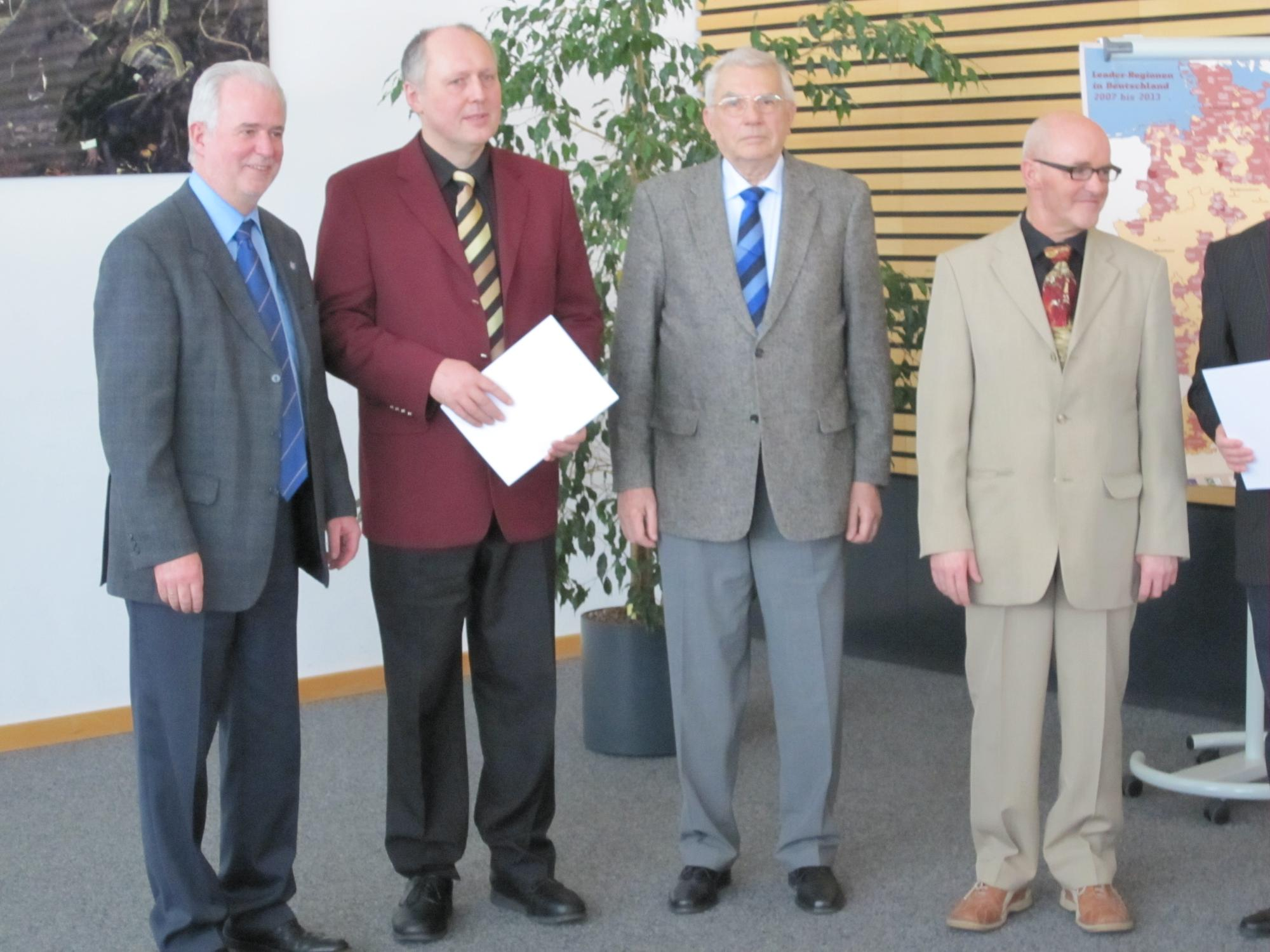 Preisverleihung , Herr Minister Reinholz (TMLFUN), Herr Bachmann und Herr Prof. Unangst (Eulensteinscher Hof e.V.)