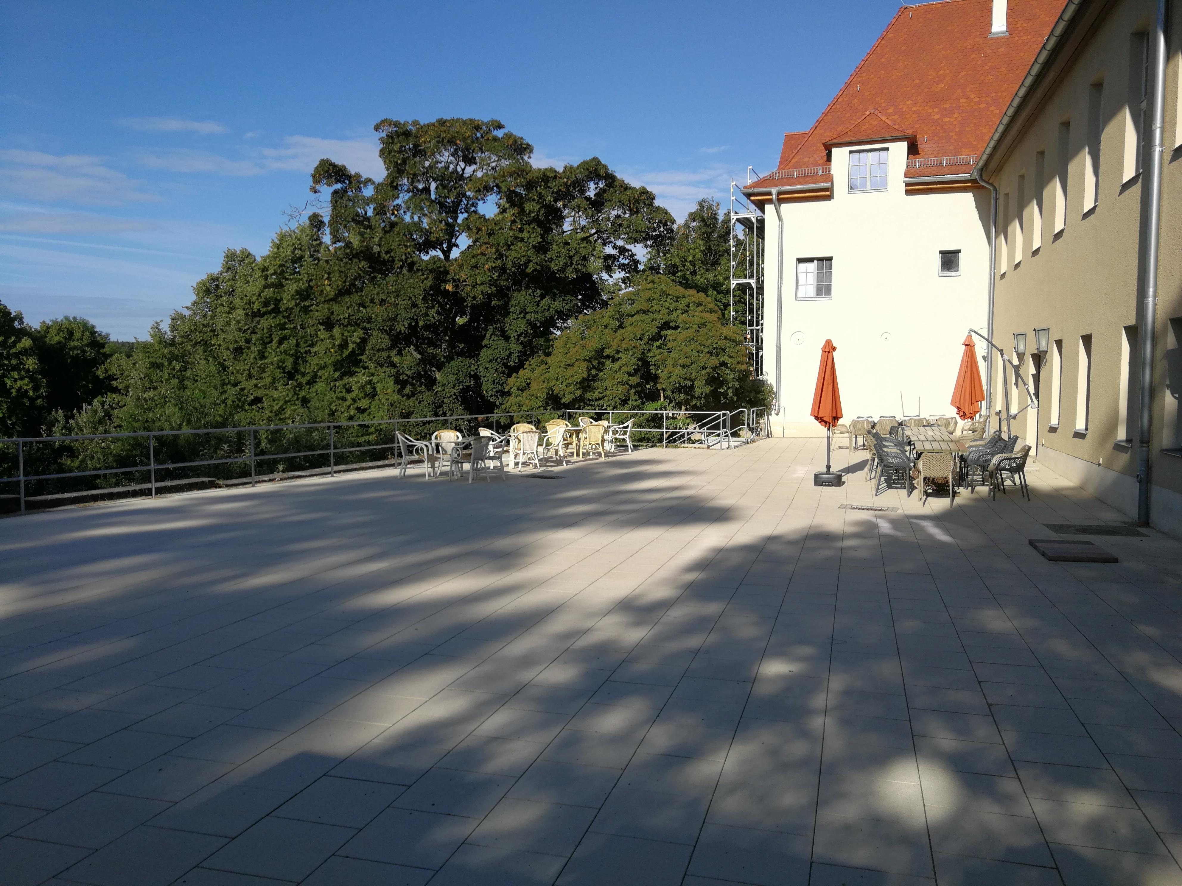 Sanierung Terrasse (RAG Weimarer Land - Mittelthüringen e.V.)